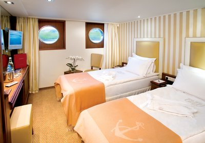 River Royale Category 3 Staterooms