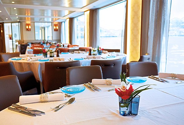 Restaurant-Douro-ship.jpg